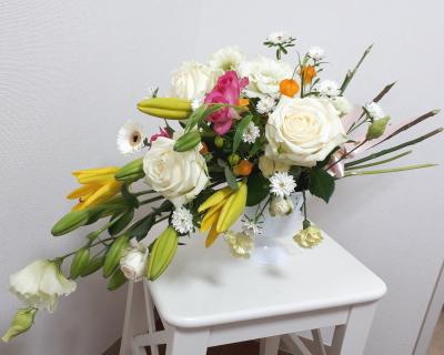 スプレーシェイプ,作品その1,Flower Drops コースⅡ,東京,自由が丘,フラワーアレンジメント教室,フラワードロップス