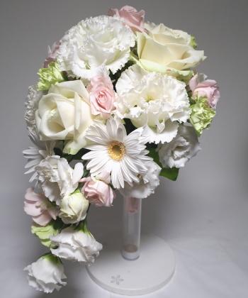 ドロップ型ブーケ,斜め横から撮影,Flower Drops コースⅡ,東京,自由が丘,フラワーアレンジメント,フラワースクール,フラワー教室