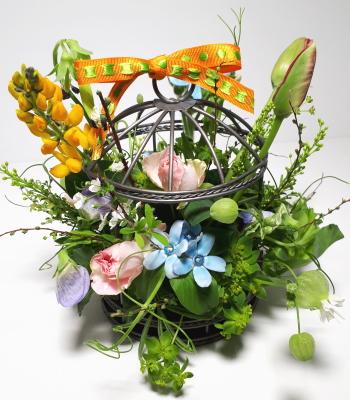 鳥かごのアレンジ,生徒さんの作品その8,Flower Drops コースⅠ,東京,自由が丘,フラワーアレンジメント,フラワースクール,フラワー教室,フラワードロップス