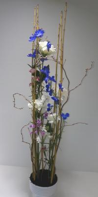 静止と動き,作品その1,Flower Drops コースⅢ,東京,自由が丘,フラワーアレンジメント,フラワースクール,フラワー教室,フラワードロップス