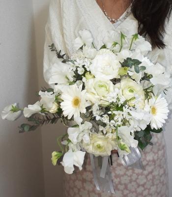 花嫁の花束,作品その2,Flower Drops コースⅡ,東京,自由が丘,フラワーアレンジメント,フラワースクール,フラワー教室,フラワードロップス