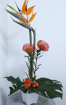 グリーン・グリーンアレンジ,作品その1,Flower Drops コースⅡ,東京,自由が丘,フラワーアレンジメント,フラワースクール,フラワー教室,フラワードロップス
