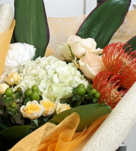 感謝の花束,拡大写真,NFDウエディングフラワーコース,東京,自由が丘,フラワーアレンジメント,フラワースクール,フラワー教室,フラワードロップス