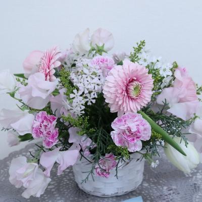 ロマンティックなアレンジメント,作品その2,Flower Drops コースⅠ,東京,自由が丘,フラワーアレンジメント,フラワースクール,フラワー教室,フラワードロップス