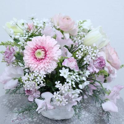 ロマンティックなアレンジメント,作品その3,Flower Drops コースⅠ,東京,自由が丘,フラワーアレンジメント,フラワースクール,フラワー教室,フラワードロップス