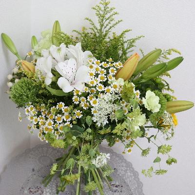 パリスタイルの花束,作品その1,Flower Drops コースⅡ,東京,自由が丘,フラワーアレンジメント,フラワースクール,フラワー教室,フラワードロップス