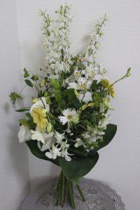 ガーデンウエディングの花束,作品その1,Flower Drops コースⅢ,東京,自由が丘,フラワーアレンジメント,フラワースクール,フラワー教室,フラワードロップス