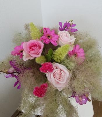 パリスタイルの花束,生徒さんの作品,Flower Drops コースⅠ,東京,自由が丘,フラワーアレンジメント教室,フラワードロップス