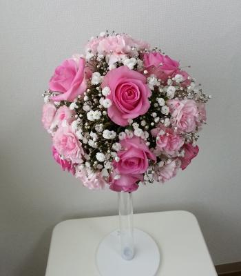 ラウンドブーケ-生徒さんの作品 Flower Drops コースⅠ 東京・自由が丘のフラワーアレンジメント教室 フラワードロップス