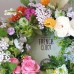 Flower Drops コースⅠの5月のテーマ、季節のお花をたくさん使ったテーブルリース-フレッシュフラワーアレンジメント-東京・自由が丘のフラワーアレンジメント教室|フラワードロップス