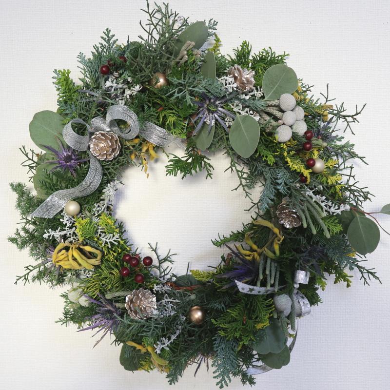 クリスマスリース,作品その2,Flower Drops コースⅠ、Ⅱ、Ⅲ,東京,自由が丘,フラワーアレンジメント,フラワースクール,フラワー教室,フラワードロップス